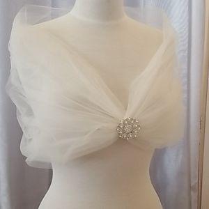 Ivory shrug shawl